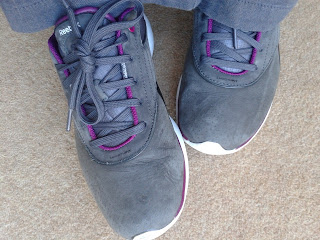 MS, toning shoes, reebok easy tone, trainers