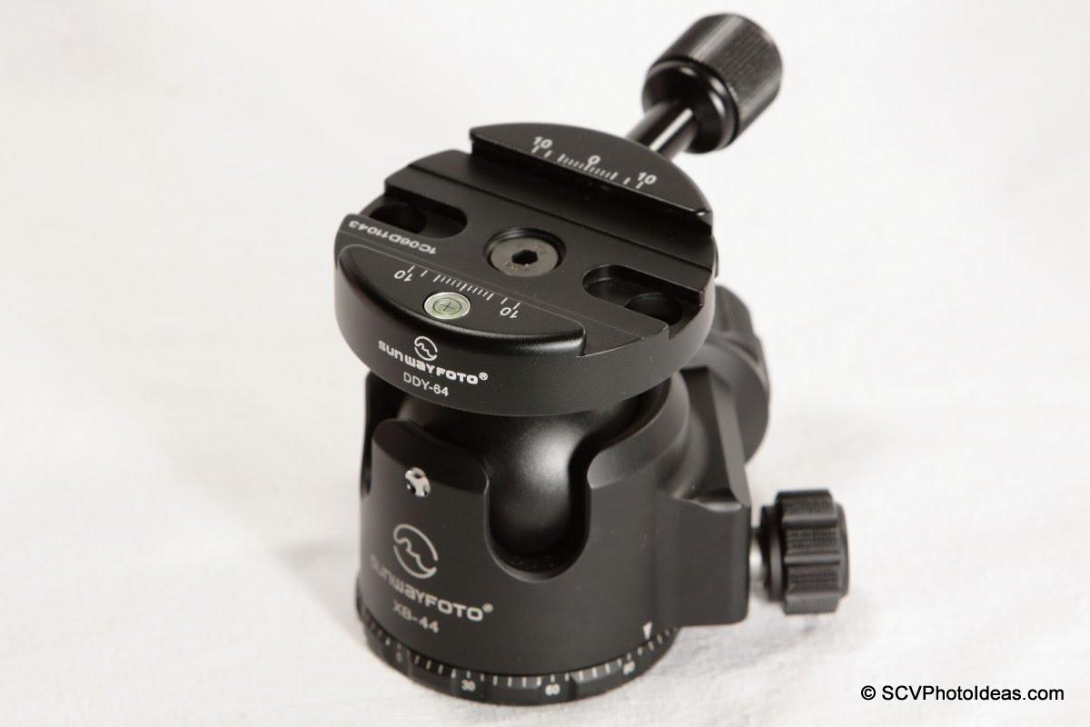 Sunwayfoto DDY-64 Discal QR Clamp on XB-44 LP Ball head