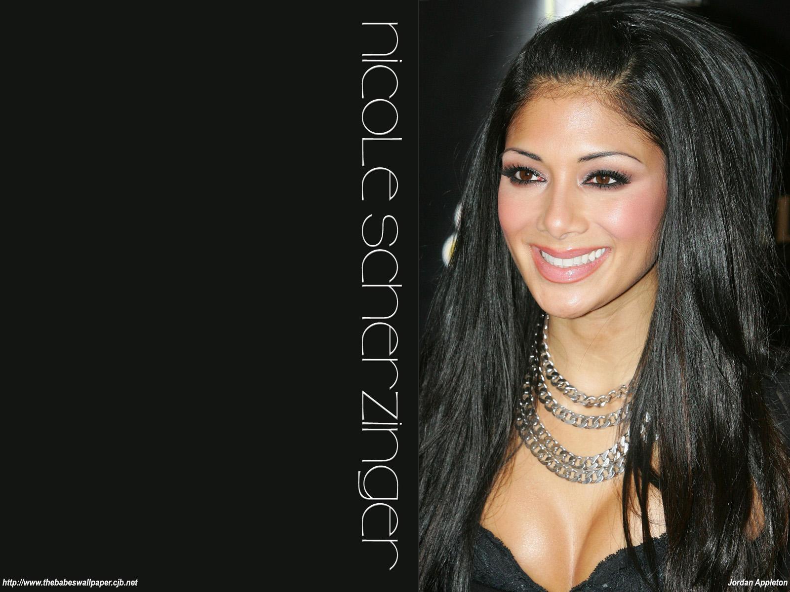 http://2.bp.blogspot.com/-hogrQVE6-XE/Tc6VY1o5sAI/AAAAAAAABmg/o4BOqWtaMG0/s1600/nicole_scherzinger_4.jpg