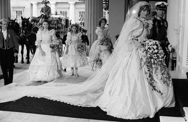 prince charles and princess diana wedding pictures. princess diana and charles