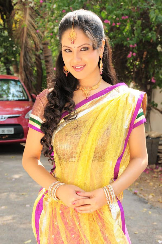 Pooja Bose  Star Plus and Telugu Film Actress Latest Hot Stills Photos glamour images
