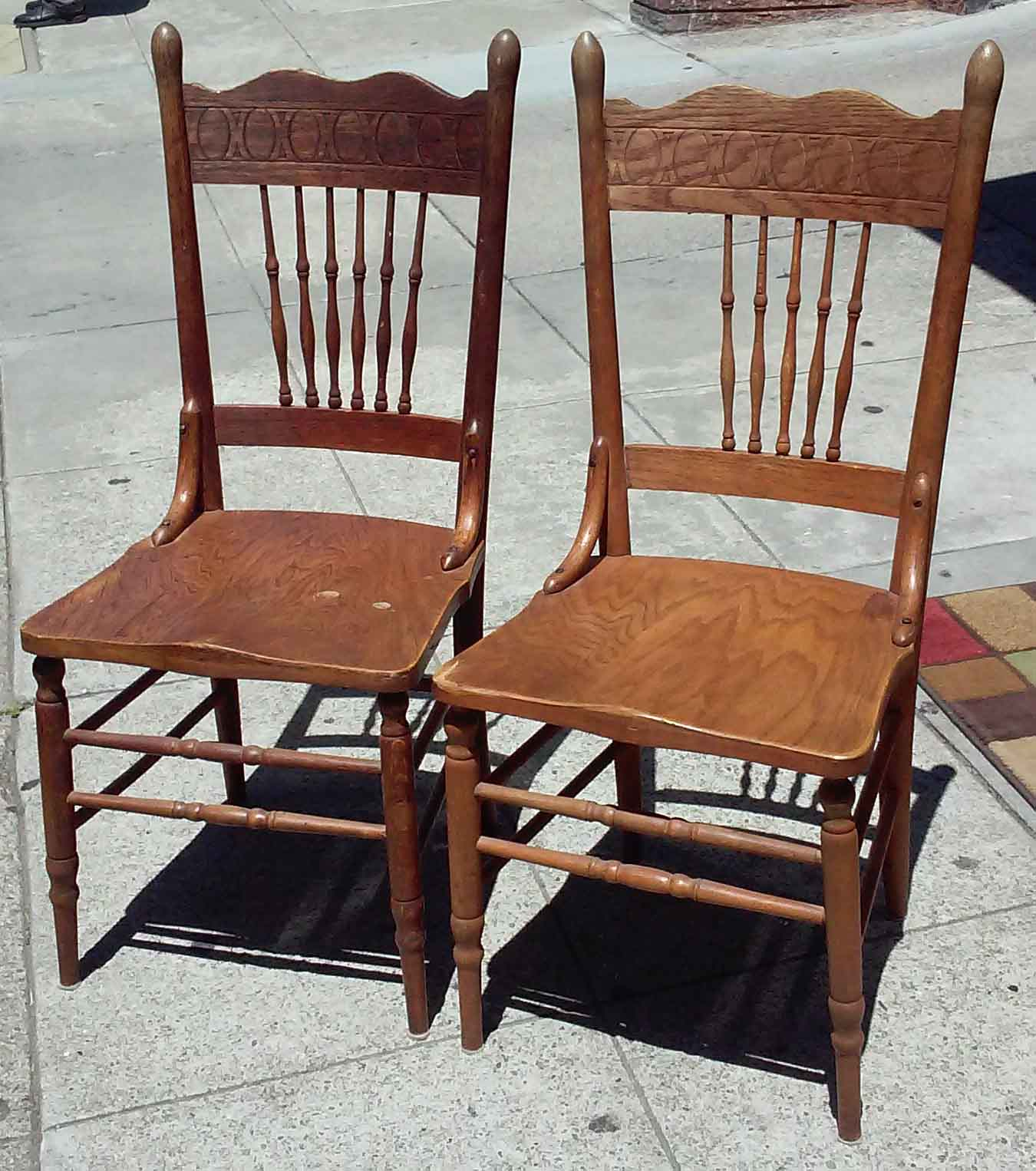 Oak Spindle Dining Chairs ~ Uhuru furniture collectibles sold oak spindle dining