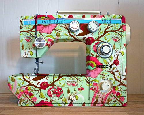 Pretty sewing machine