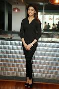 Pranitha latest dazzling photos-thumbnail-9