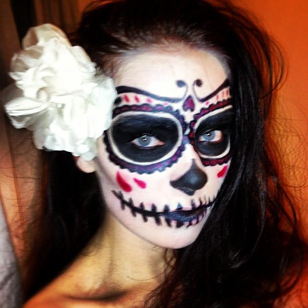 Living Dead Skull Face Paint Designs