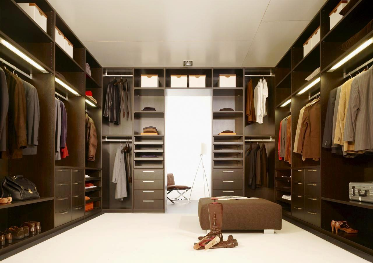 http://2.bp.blogspot.com/-hpaQuZT9Ne8/UVMF8jVNGpI/AAAAAAAADw0/wngOAFI0H5A/s1600/interior-inspiring-wardrobe-door-design-ideas-elegant-dark-brown-wardrobe-closet-design-with-two-row-cabinet.jpg