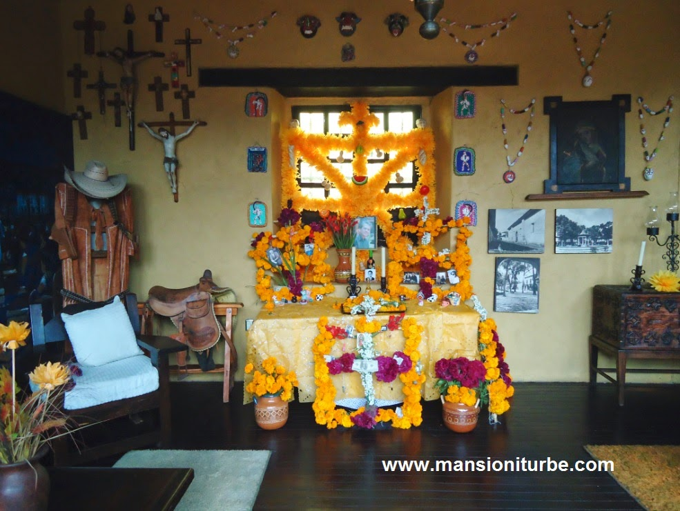 Day of the Dead Ofrendas in Patzcuaro at Hotel Mansion Iturbe