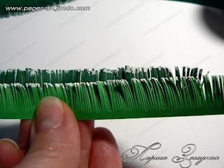 Еловая веточка из бумаги