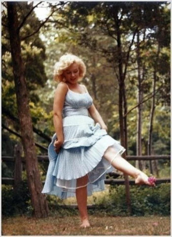 Sassy Scarlet I Found My Thrill Blueberry Hill Fashions Marilyn