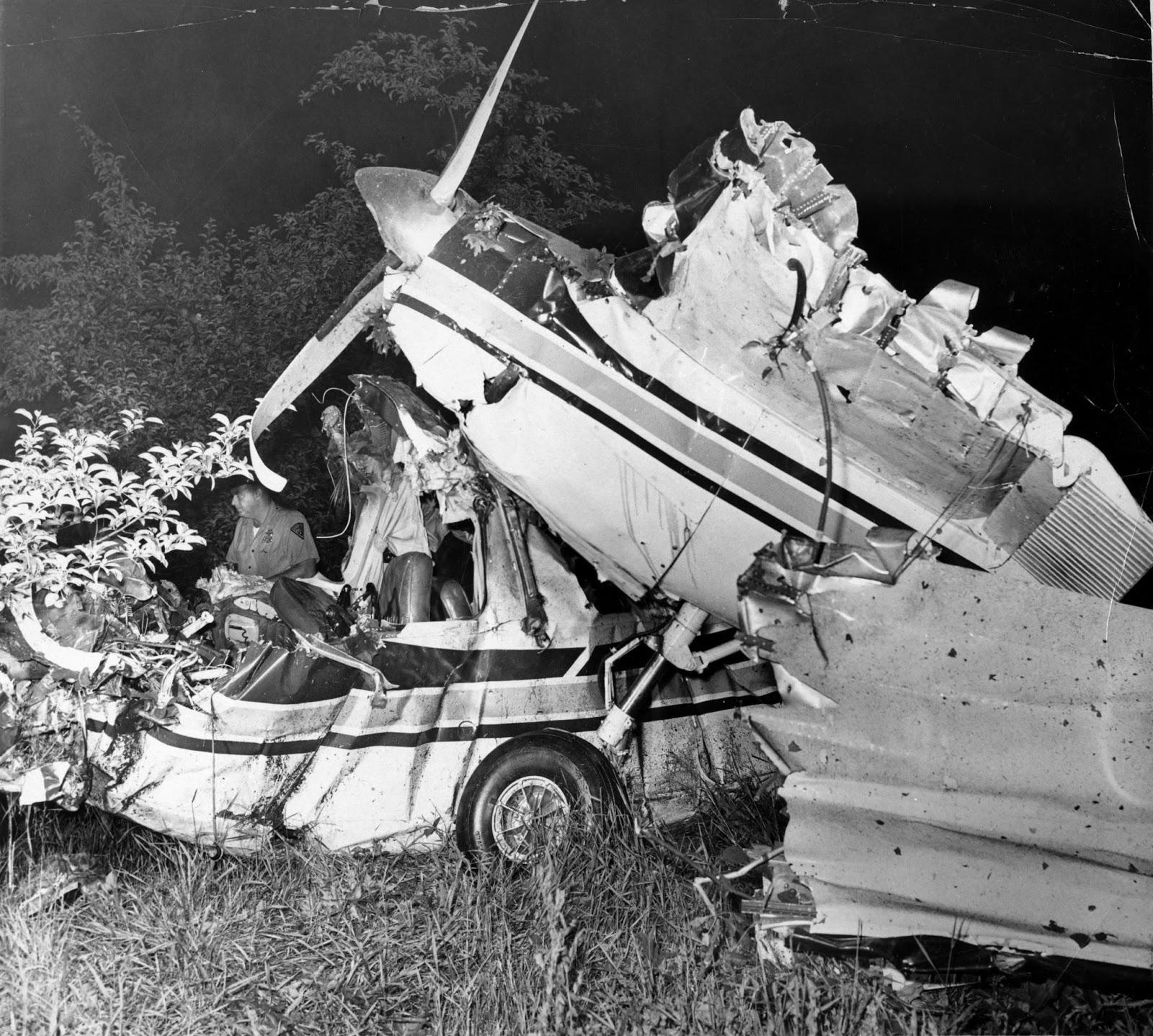 John F Kennedy Jr Body Found Ted kennedy's plane crash