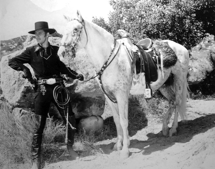 10_1939+Zorro%E2%80%99s+Fighting+Legion.jpg