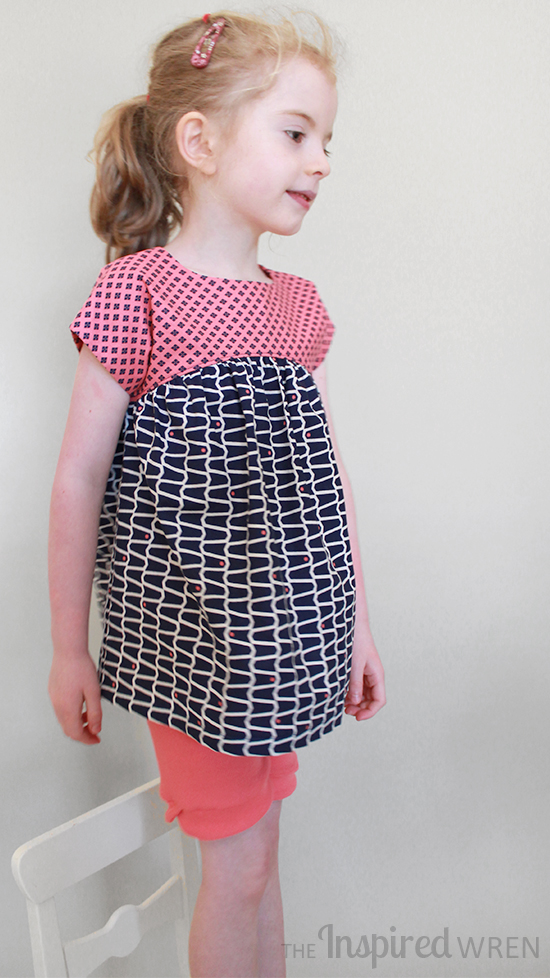 Sewing the Izzy Top from Climbing the Willow for Free Pattern Summer | The Inspired Wren
