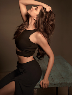 Deepika Padukone for Filmfare Magazine May 2015 Pictures 4.png