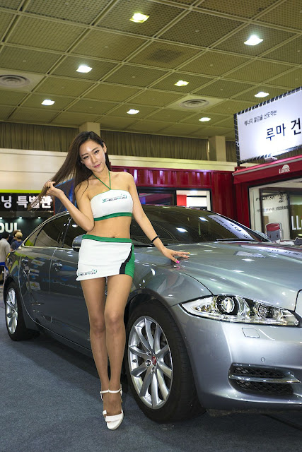 2 Kim Tae Hee - Seoul Auto Salon - very cute asian girl-girlcute4u.blogspot.com