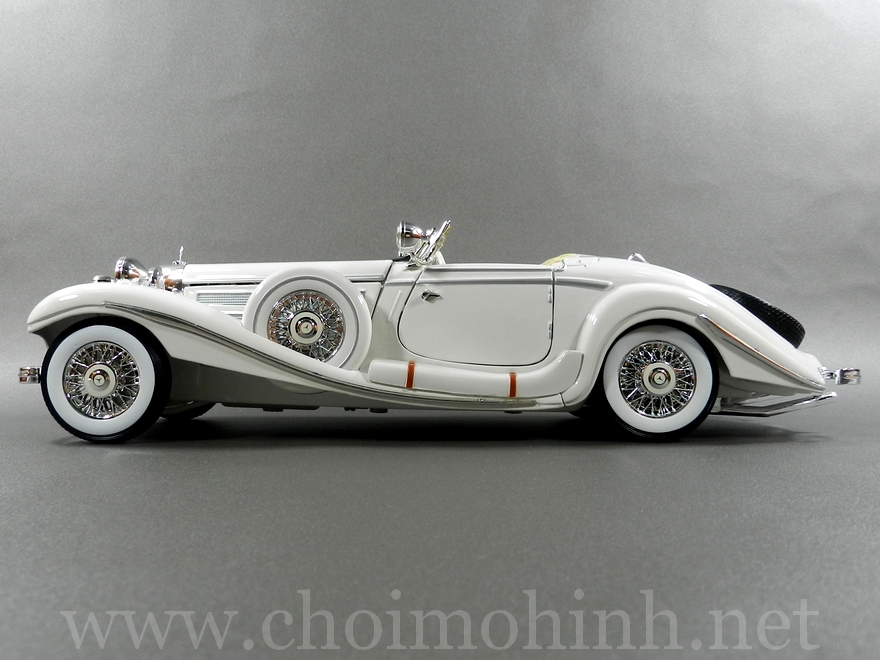 Mercedes-Benz 500 K TYP Specialroadster 1936 1:18 Maisto white side
