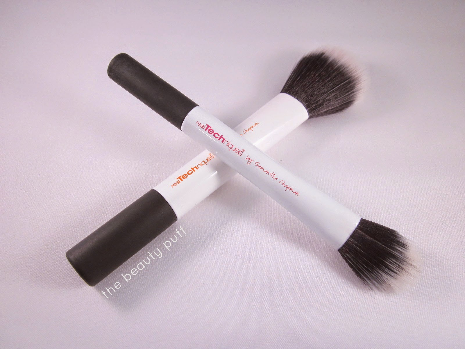 real techniques duo fiber brushes - the beauty puff