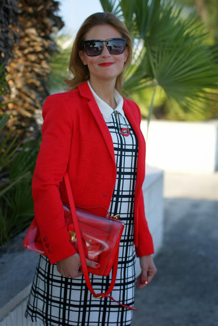 frontrowshop check dress, red marc by marc jacobs bag, red blazer, Fashion and Cookies, fashion blogger