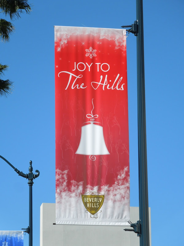 Joy to The Hills Christmas bell banner