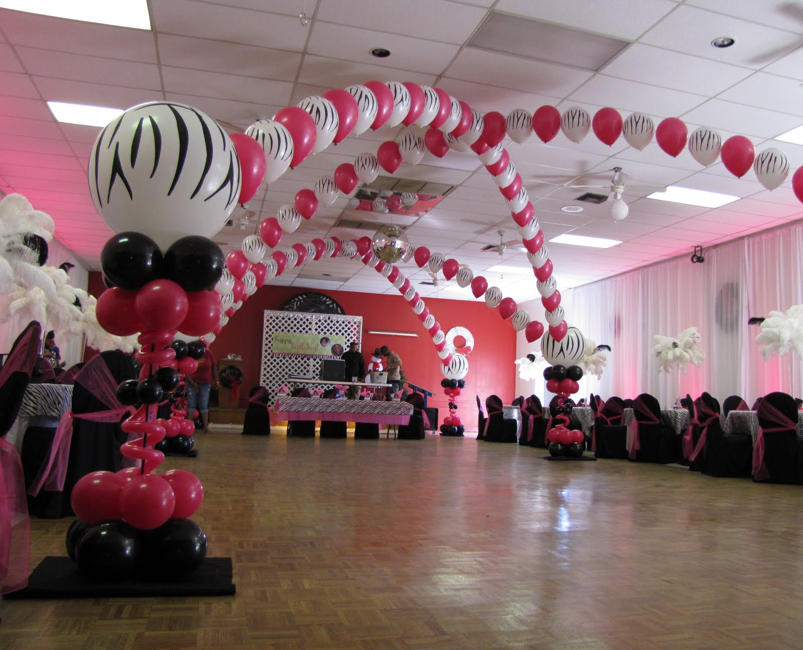 Party people event decorating company december 2011 for Balloon decoration ideas for sweet 16