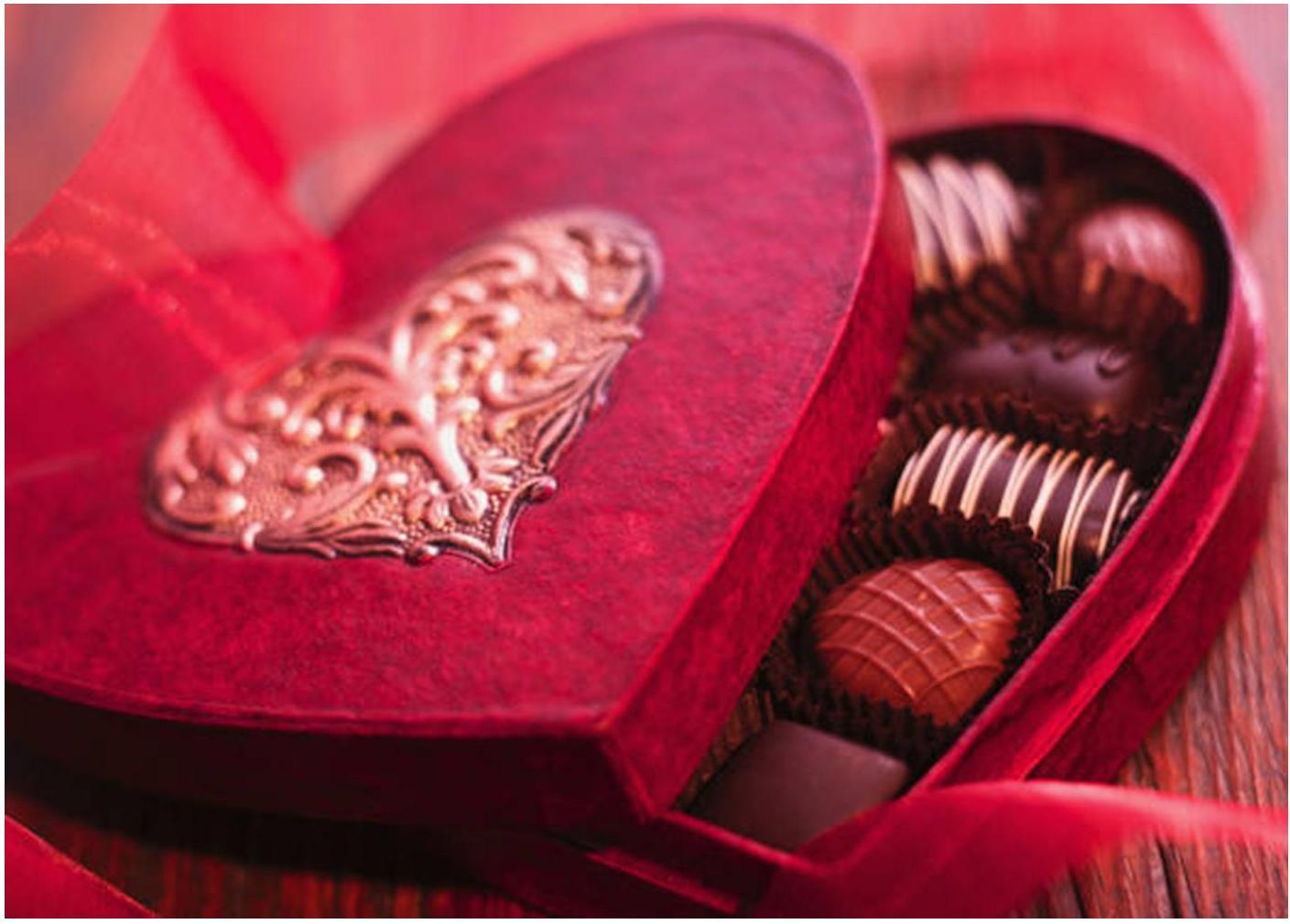 http://2.bp.blogspot.com/-hsEwjmS5iQQ/TViLP-9g9JI/AAAAAAAAAow/w3UT67FkfqE/s1600/ValentinesDay2011.jpg