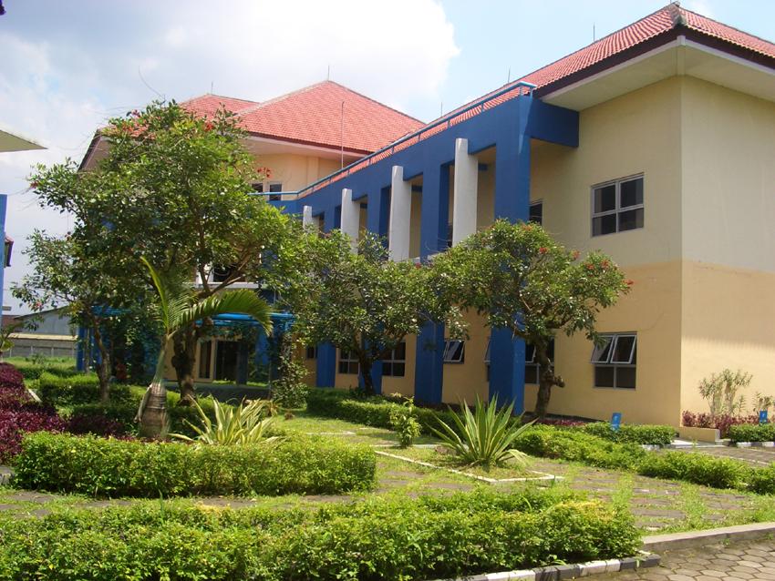 Modul Sistem Informasi Universitas BSI Bandung Semester 7 2015