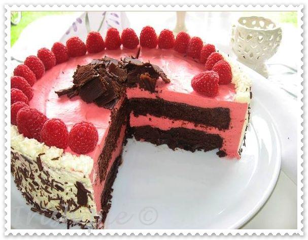 chocolate raspberry bavarian torte bayerische schoko himbeer torte kitchen magic. Black Bedroom Furniture Sets. Home Design Ideas
