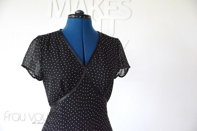 """MeMadeMittwoch: Kleid Nr. 11 aus """"Simple Chic"""" von  Machiko Kayaki @frauvau.blogspot.de"""