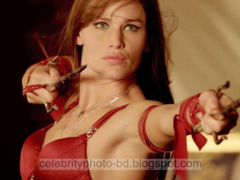 Jennifer+Garner+Latest+Hot+Photos+With+Short+Biography003