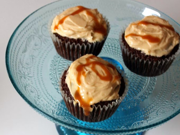 Karamell-Fleur-de-Sel-Cakes aus Karens Wanderbuch