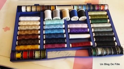Un blog de fille astuce rangement mat riel couture et for Rangement fil couture
