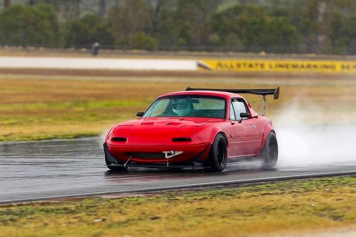 Eunos, Mazda MX-5 NA, najlepszy roadster do sportu, wyścigów, kultowe auta, samochody z dusza, japońskie auta, JDM