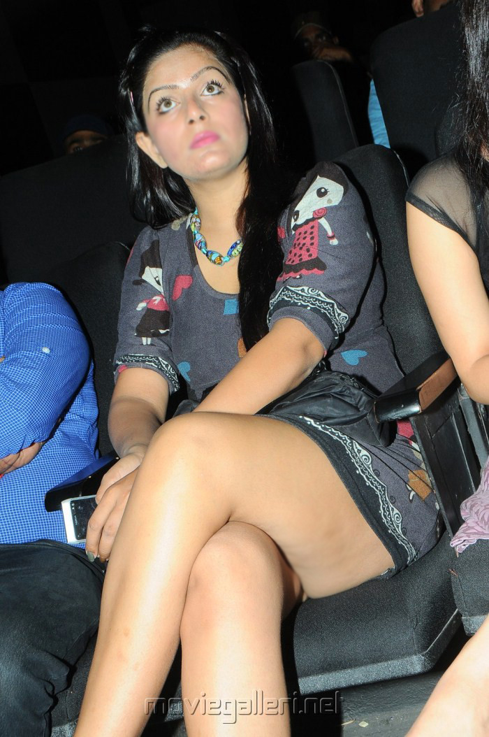Telugu Actress Reva Hot Upskirt - Malfunction Photos ...