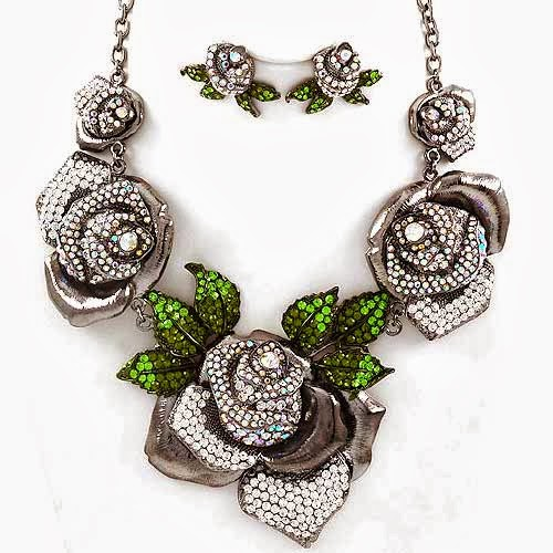Graduating Flower Beautiful Necklace