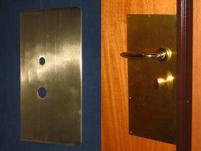 Sostituzione serrature venezia pronto intervento fabbro h - Antishock porta ...