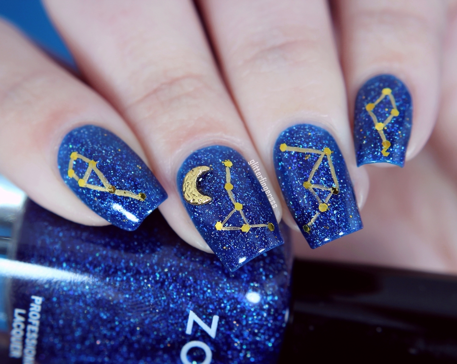 Constellation nail art glitterfingersss in english my base was zoya dream then i stick on the gold glitters totally randomly and i connected the glitters with a detailing brush using mundo de unas gold prinsesfo Gallery