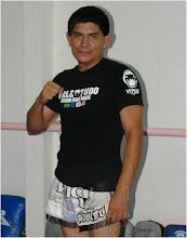 PROF. ING. VICTOR MEDINA, PRESIDENTE DE LA ASOCIACION DE MUAY THAI Y KICKBOXING DE YUCATAN A.C.