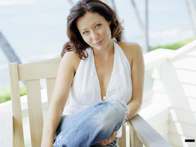 Shannen Doherty Lovely Wallpaper