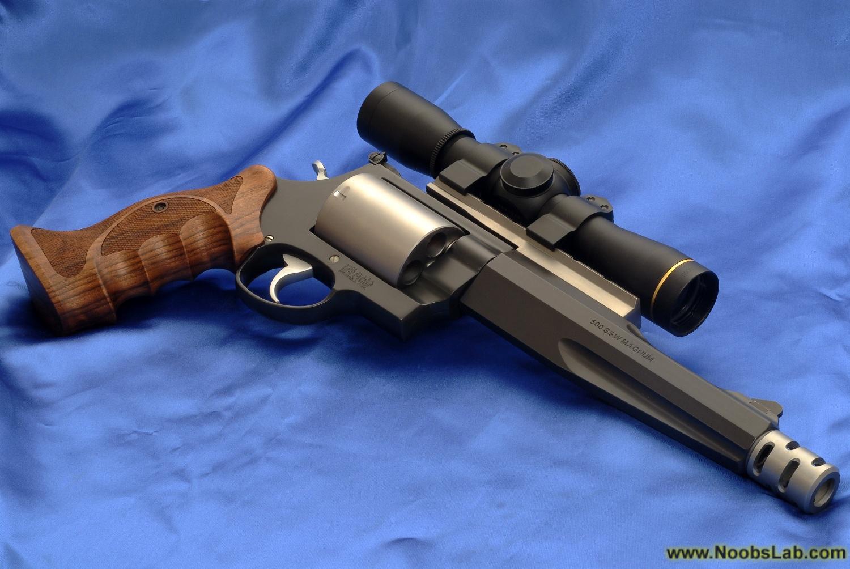 http://2.bp.blogspot.com/-huJOmuls1cg/TgOJXrhcL2I/AAAAAAAAADI/fkyQPpcHPEI/s1600/Smith+%2526+Wesson+Magnum+03.jpg