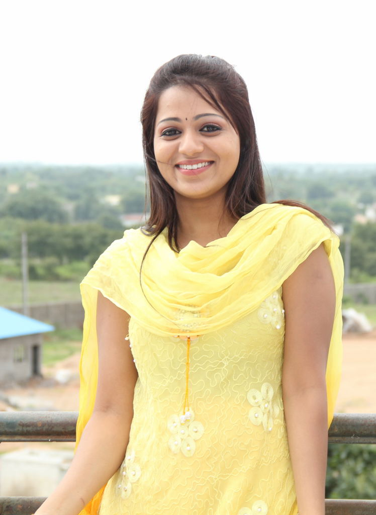 Reshma Photos from Ee Rojullo Movie