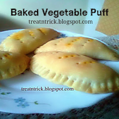 Baked Vegetable Puff  Recipe @ treatntrick.blogspot.com