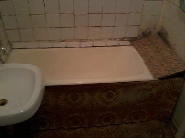 Убитая ванная, советский кафель, фото