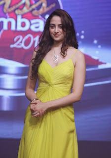 Zoya Afroz Glamarous look in Transparent Anarkali dress at Femina Miss India 2015 Grand Finale