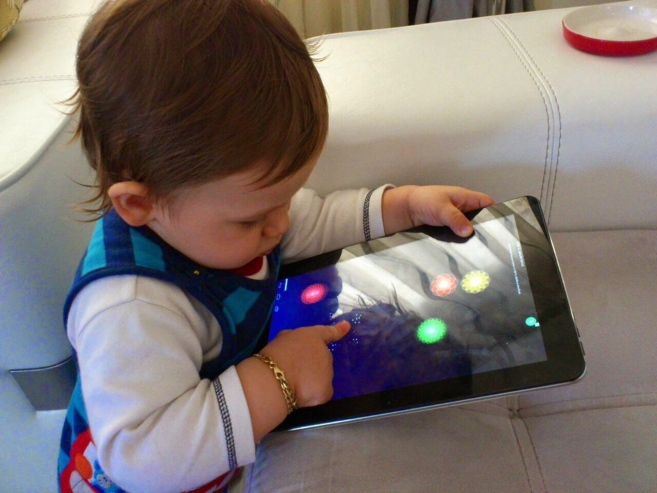 tablet ve bebek