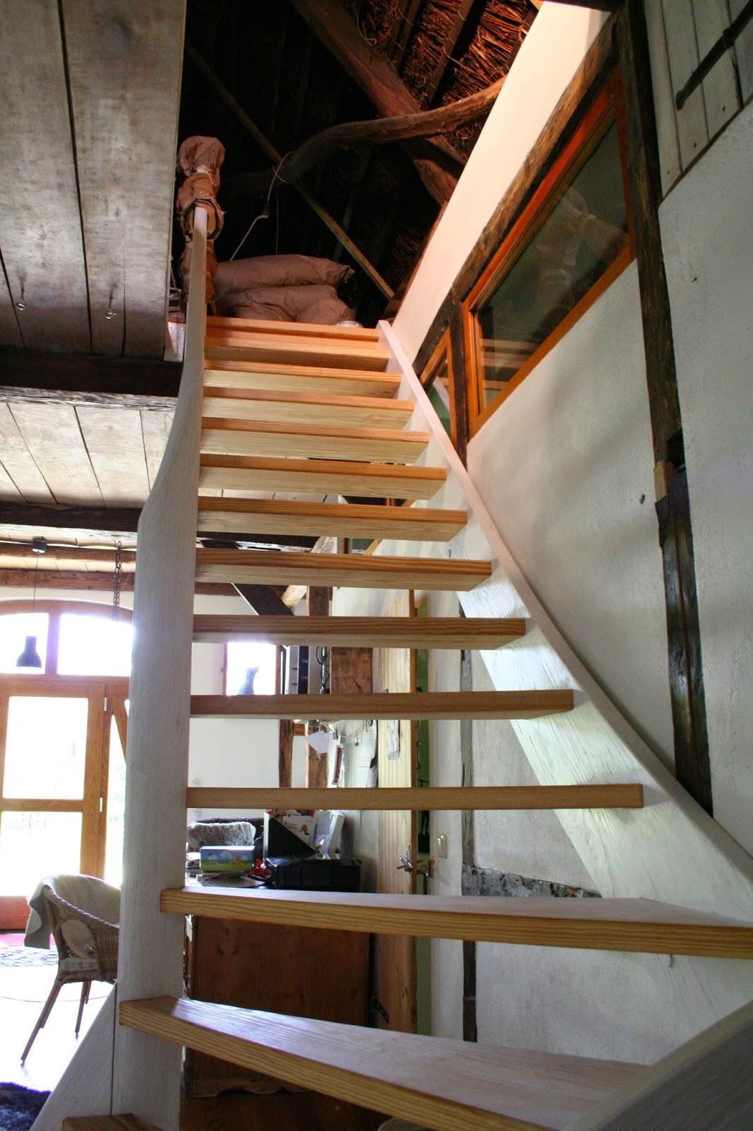 treppe streichen zum schutz vor werden zum schluss noch alle fugen mit silikon versiegelt foto. Black Bedroom Furniture Sets. Home Design Ideas