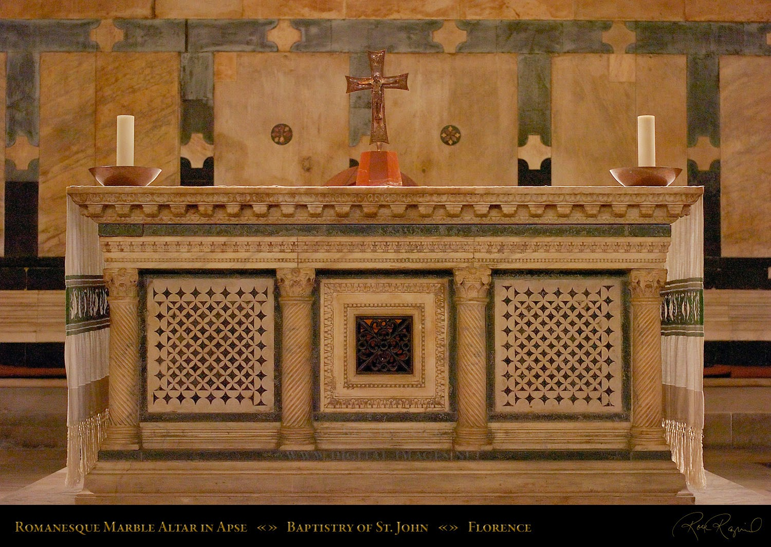New Liturgical Movement A Beautiful New Altar In A Soontobe - Home altar designs