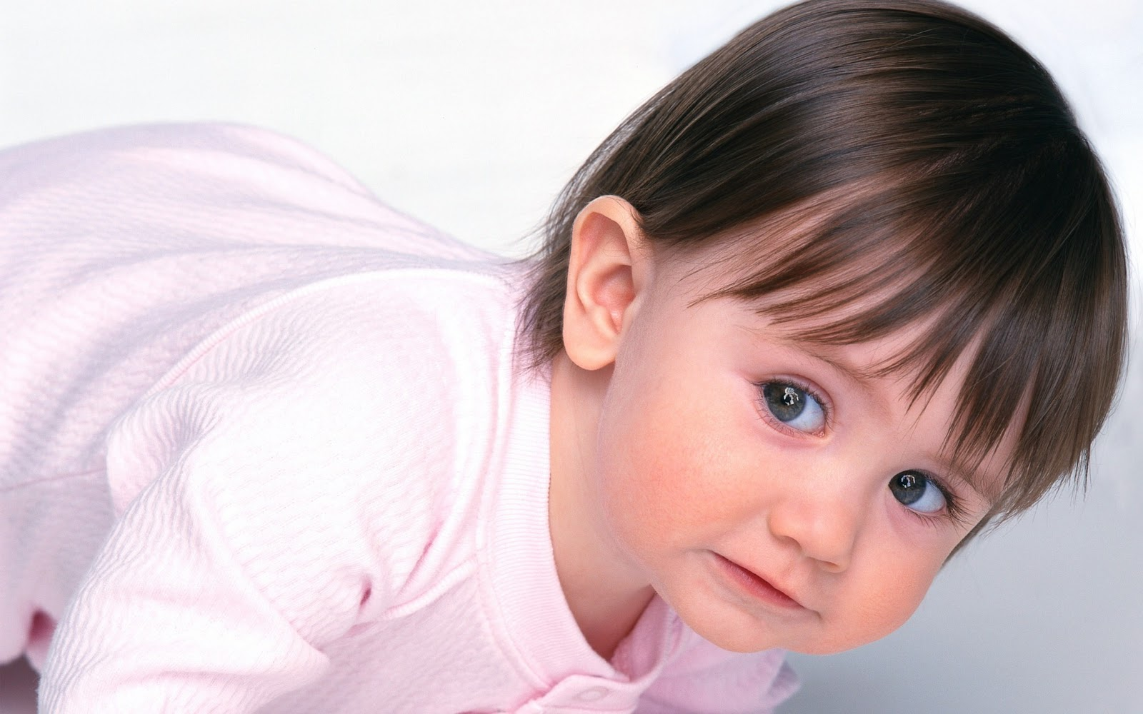 Latest Cute Kids Wallpapers Download Online Cute Kids Wallpapers Online Cute Kids Wallpaper Aberatiideprimavara