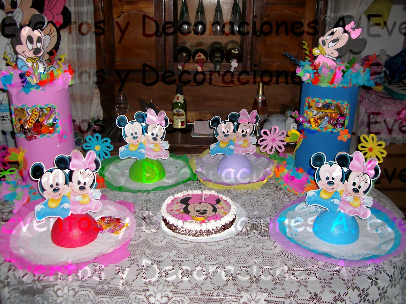 Pin mickey minnie decoracion goma eva rodent bebe pictures for Decoracion bebe