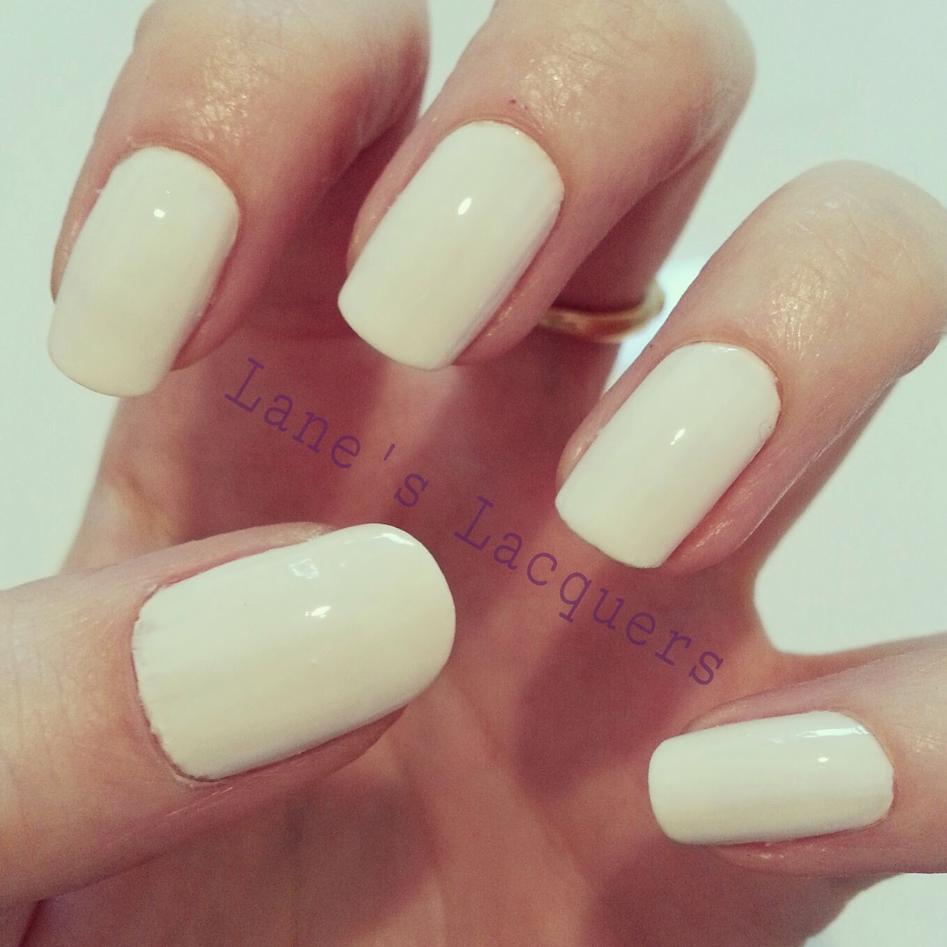 barry-m-summer-gelly-coconut-swatch-manicure