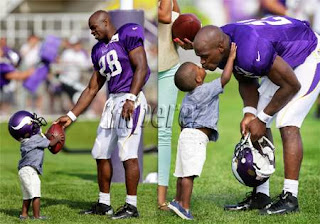 Adrian peterson son