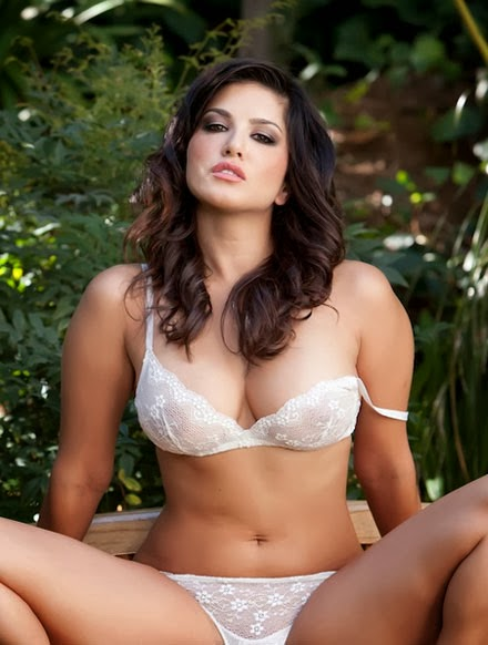 Sunny Leone gets hottest Shine Body Figure Without Clothes